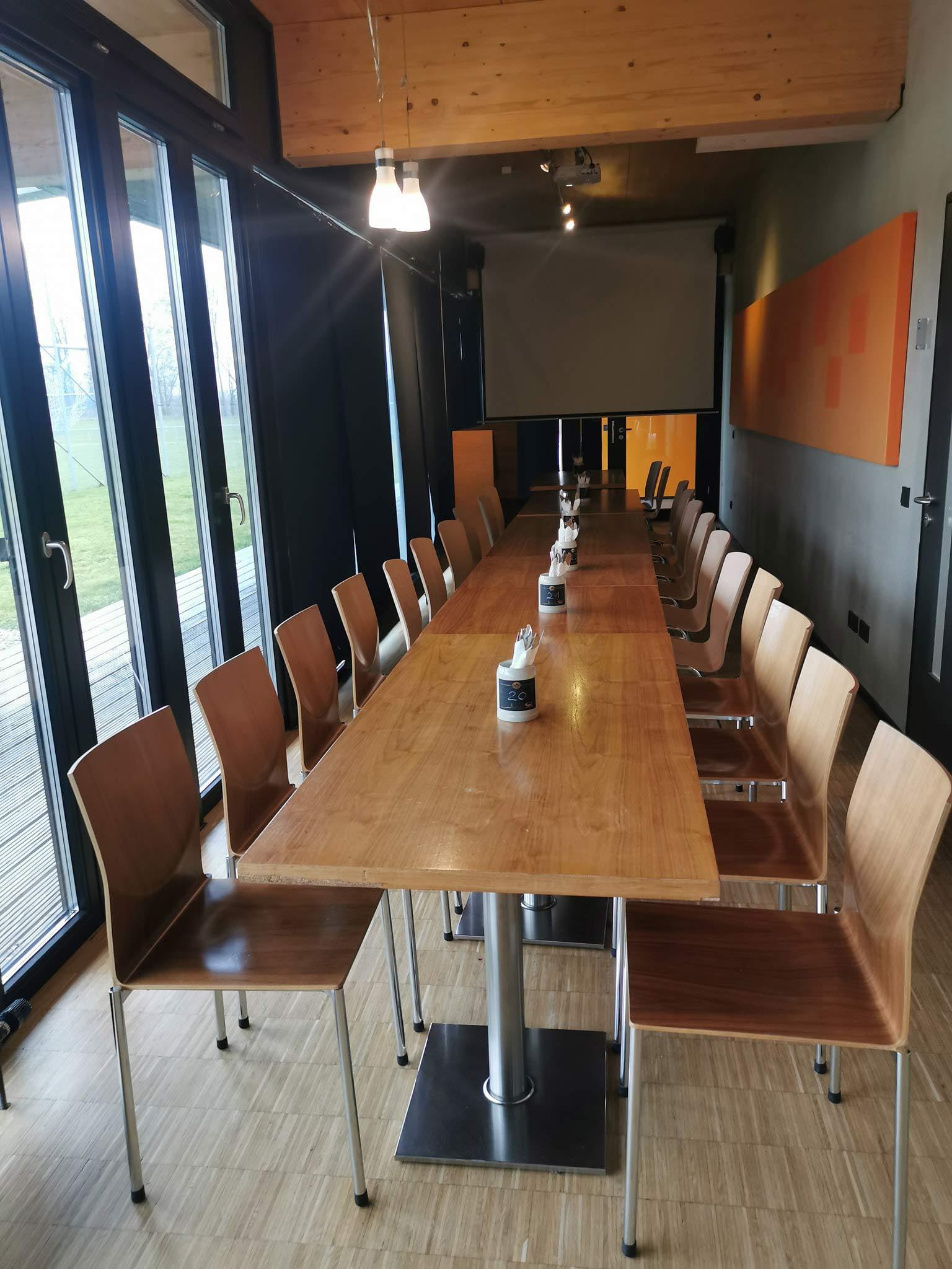 Restaurant Halde Ulm-Gögglingen - Fernsehzimmer